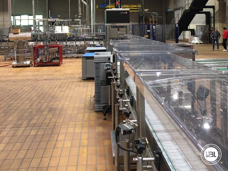 complete-plant-wine-glass-gai-robino-mondo-heuft-used-bottling-lines-9